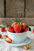 Fresh strawberries in a bowl — Stock Photo