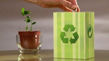 Votez pour recycler. — Vidéo
