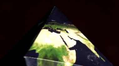 Earth in double pyramid — Stock Video