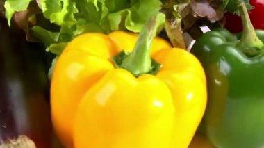 Sebzeler, döndürmek, portre — Stok video