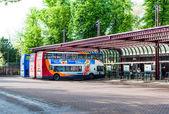 Estación de autobuses de cambridge en un día de verano, inglaterra uk — Foto de Stock