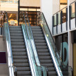Escalator in a shopping mall, UK — Lizenzfreies Foto