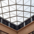 Modern design shopping mall glass panel roof — Stok fotoğraf