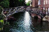 Matematický most na jaře nad cam řeka, cambridge, anglie — Stock fotografie