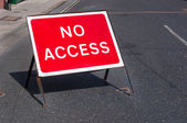 No access road sign for motorists — Stock Photo