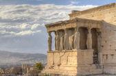 Caryatids in Erechtheum , Acropolis,Athens,Gr eece — Stock Photo
