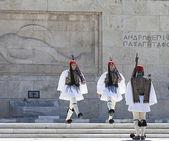 在雅典,希腊 evzones 游行 — 图库照片