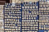 Greek souvenirs in Plaka,Athens — Stock Photo