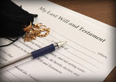 Last Will and Testament form with gold jewelry — Stock Photo