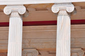 National Archaeological Museum in Athens , Greece . Columns at t — Stock Photo