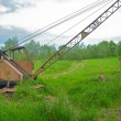Old , rusty , abandoned excavator — стоковое фото #31041403