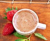 Scrub, strawberry and mint — Stock Photo
