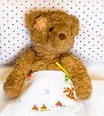 Ill teddy bear — Стоковое фото
