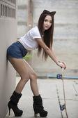 A Girl Skateboards — Stock Photo