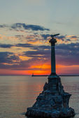 Monument to the sunk ships in Sevastopol at sunset. — Stockfoto