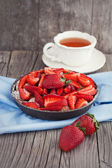 Sweet strawberry cake — Stock Photo