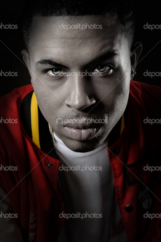 Portrait of young African american man  — Stock Photo #13963250
