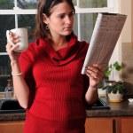 Woman Reading Newspaper — Stock Photo