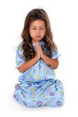 Kleines Mädchen beim gute-Nacht-Gebet — Stockfoto