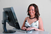 Representante do serviço ao cliente atraente — Fotografia Stock