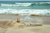 Message in a bottle — Stok fotoğraf