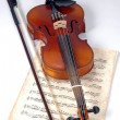 Old Violin With Music Sheet — Stock Photo