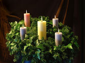 Holiday Candles and wreath — Stock Photo