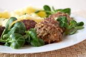 Meatballs with mashed potatos — Stock Photo