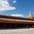 Blue sky and white clouds of Labrang Monastery — Stok Fotoğraf #18328917