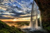 Seljalandfoss cachoeira ao pôr do sol em hdr, islândia — Foto Stock