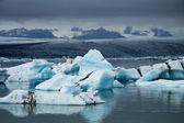 Icebergs on Jokulsarlon glacier lagoon, Iceland — ストック写真