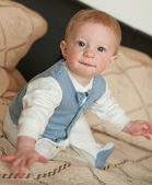 Sarı saçlı bebek — Stok fotoğraf