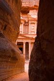 The treasury facade in Petra — Stock Photo