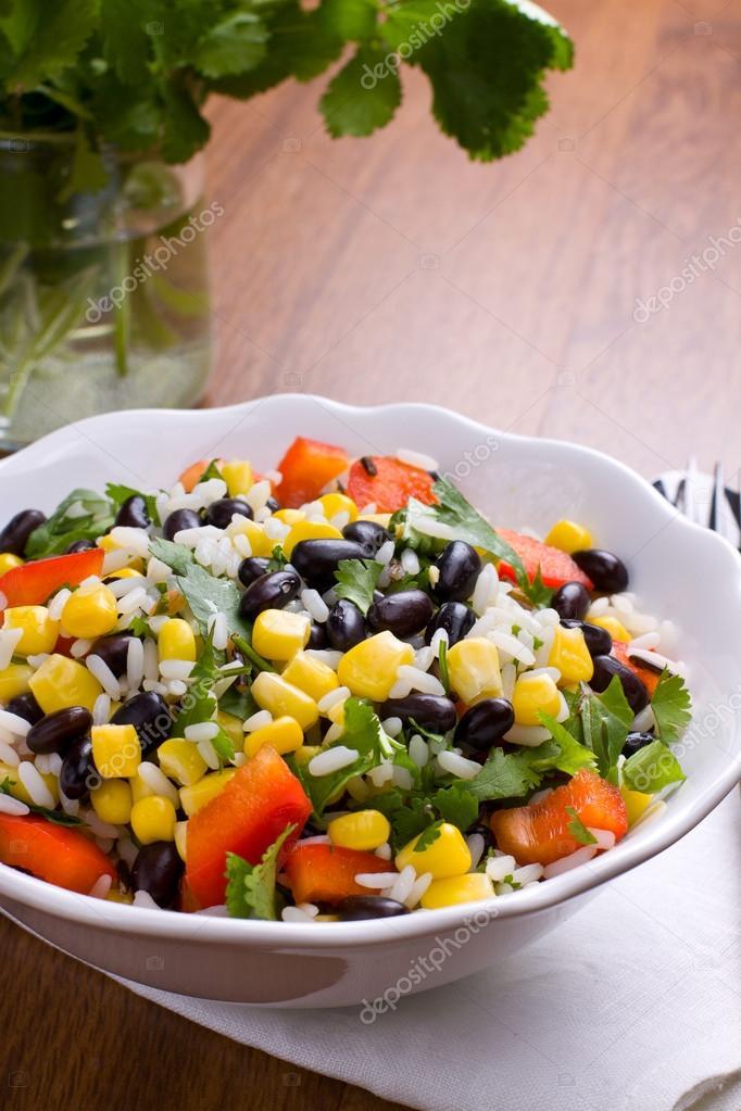 Салат кукуруза рис помидор