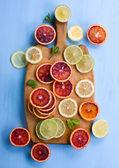Cut citrus fom above — Stock Photo