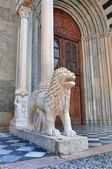Bergamo, Colleoni Chapel, lion of the south portal — Stock Photo