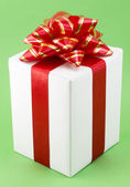 White Gift Box with Red Ribbon — 图库照片
