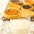 Cookie on a glass of milk — Stock Photo