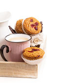 Muffins with coffee for breakfast — Stock Photo