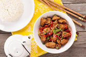 Pork with vegetables in asian style — Stockfoto