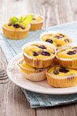 Gluten free muffins with grapes — Stock Photo