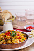Vegan curry with tofu and vegetables — Stock Photo