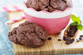 Chocolate cookies i a bowl — Stock Photo