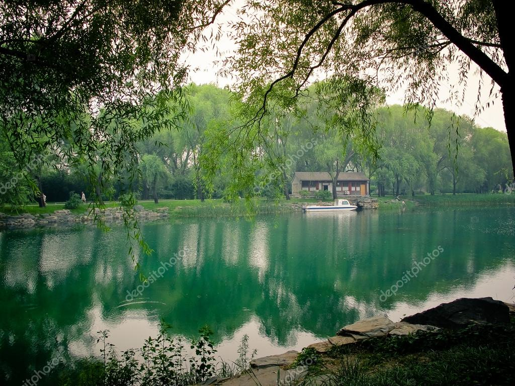 Summer Palace in Beijing, China  — Stockfoto #13516543