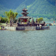 Ulun Danu temple Beratan Lake - Stockfoto