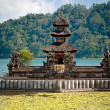 Ulun Danu temple Beratan Lake - 图库照片