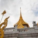 Wat Traimit in Bangkok Thailand — Stock Photo #36860303