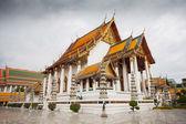 Wat Suthat Thepwararam in Bangkok — Stockfoto
