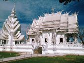 Famous Thailand temple or grand white church Call Wat Rong Khun northern Thailand — Foto de Stock