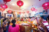 Phnom penh, cambodja - 31 januari 2014 mensen vieren chinese — Stockfoto